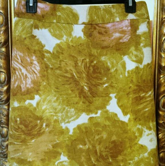 Talbots Dresses & Skirts - Talbots beautiful floral knee length skirt